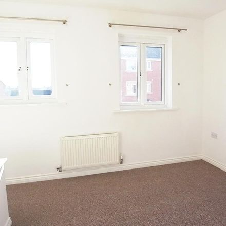 Rent this 2 bed house on North Tees Hospital in Bevan Close, Stockton-on-Tees TS19 8RF