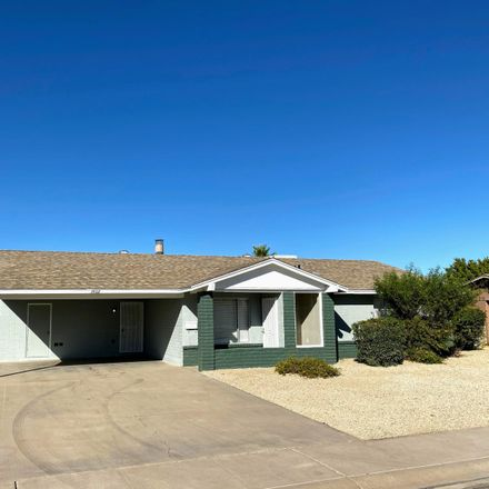 Rent this 3 bed house on 3502 East Lupine Avenue in Phoenix, AZ 85028