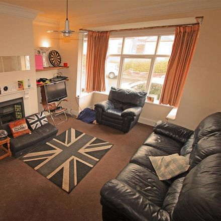 Rent this 3 bed house on Back Headingley Avenue in Leeds LS6 3ET, United Kingdom