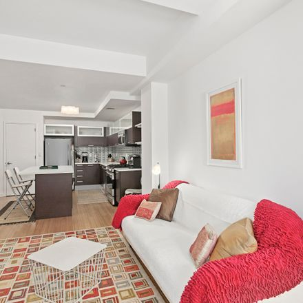 Rent this 1 bed condo on 353 East 104th Street in New York, NY 10029