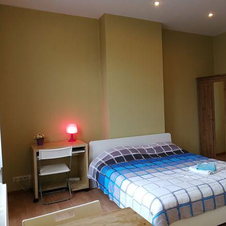Rent this 2 bed room on Rue John Waterloo Wilson 58 in 1000 Bruxelles, Belgium