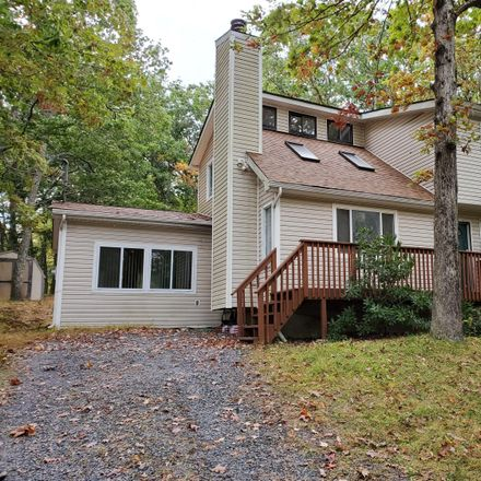 Rent this 3 bed loft on 311 Surrey Dr in Hawley, PA