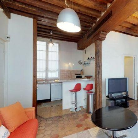 Rent this 1 bed apartment on 13 Rue Villehardouin in 75003 Paris, France