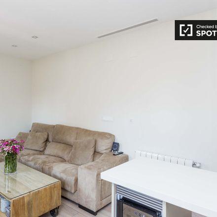 Rent this 1 bed apartment on Restaurante DeAtún in Calle de Ponzano, 28001 Madrid