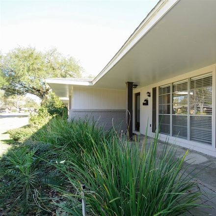 Rent this 3 bed house on 5415 Darnell Street in Houston, TX 77096