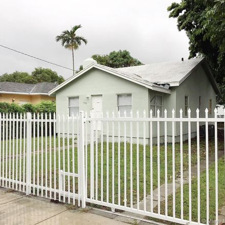 Rent this 3 bed house on Miami in FL, US