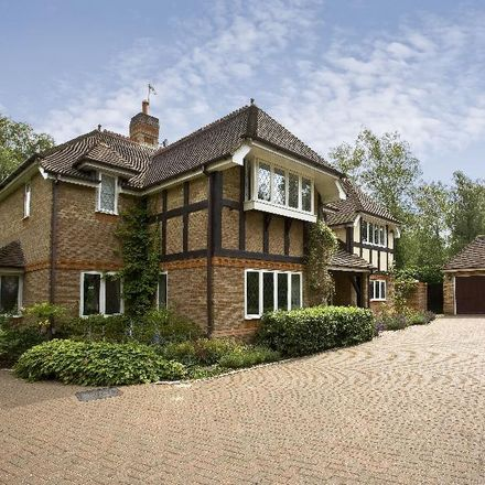 Rent this 5 bed house on Badgers Hill in Runnymede GU25 4SA, United Kingdom