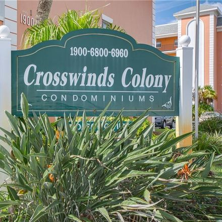 Rent this 2 bed condo on 68th St N in Saint Petersburg, FL