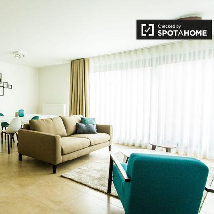 Rent this 2 bed apartment on Rue Willems - Willemsstraat 41 in 1210 Saint-Josse-ten-Noode - Sint-Joost-ten-Node, Belgium