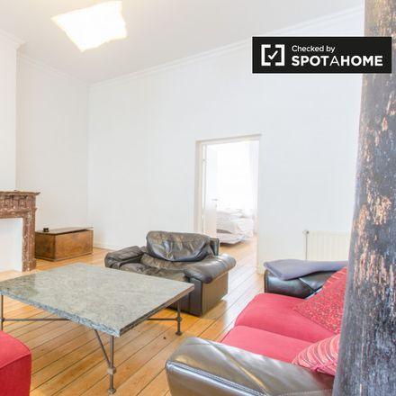 Rent this 1 bed apartment on Rue de Suisse - Zwitserlandstraat 4 in 1060 Saint-Gilles - Sint-Gillis, Belgium