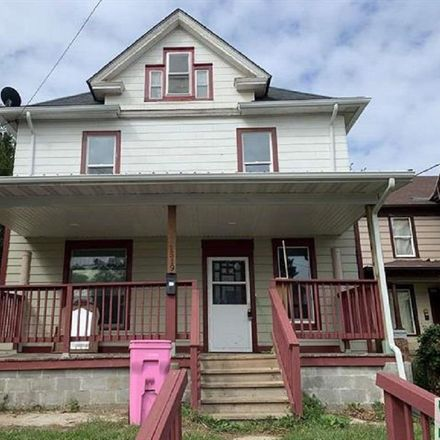 Rent this 4 bed house on Court St in Sioux City, IA