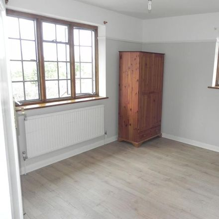 Rent this 3 bed apartment on Bury Street in Guildford GU2 4BW, United Kingdom