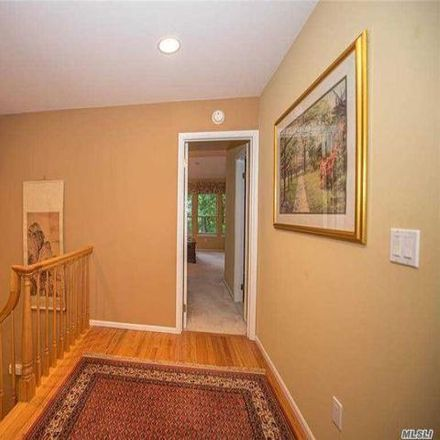 Rent this 3 bed condo on 26 Dickerson Court in Port Jefferson, NY 11777