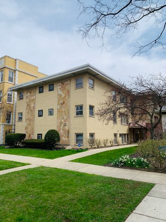 Rent this 2 bed condo on 426 North Harvey Avenue in Oak Park, IL 60302