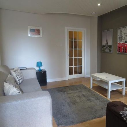 Rent this 2 bed apartment on 25A Thistle Street South West Lane in Edinburgh EH2 1EW, United Kingdom
