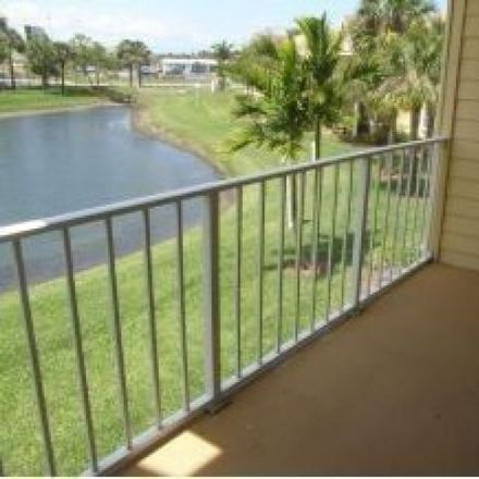 Rent this 1 bed condo on 1800 Charlesmont Drive in Melbourne, FL 32903