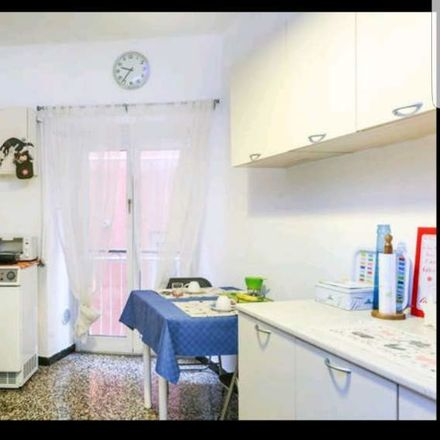 Rent this 1 bed room on Vico Giannini in 7 rosso, 16124 Genoa Genoa