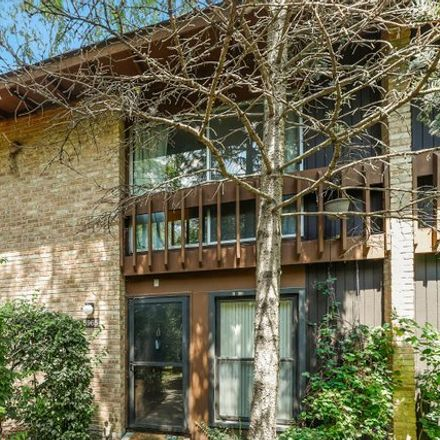 Rent this 2 bed condo on 5965 Meadow Drive in Lisle, IL 60532
