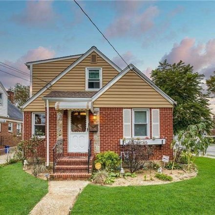 Rent this 3 bed house on 68 Mary Street in Valley Stream, NY 11580