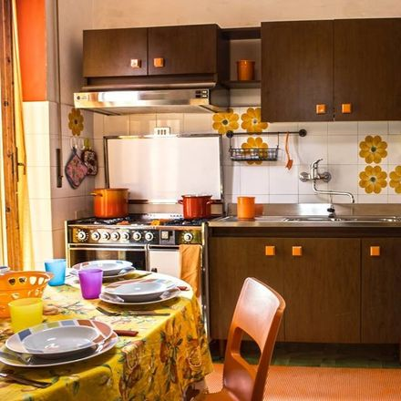 Rent this 3 bed room on Via Goito in 21, 50133 Firenze FI