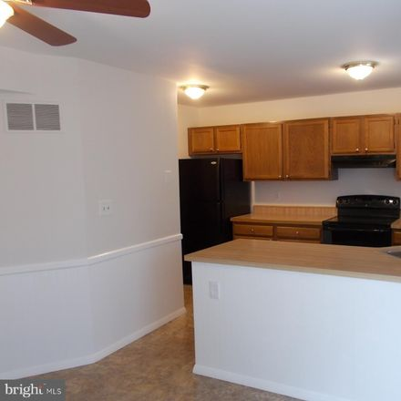 Rent this 3 bed townhouse on 37 Grandee Ct in Nottingham, MD