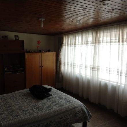 Rent this 5 bed apartment on Papeleria Santiago Apostol in Carrera 13, La Chaguya