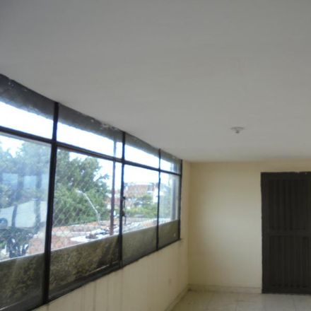 Rent this 3 bed apartment on Carrera 41E in Comuna 15, 760025 Perímetro Urbano Santiago de Cali