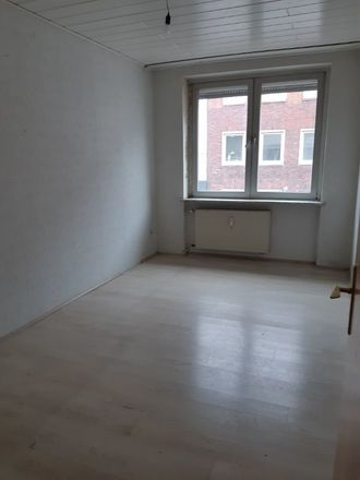 Rent this 3 bed apartment on Bahnhofstraße 36 in 45879 Gelsenkirchen, Germany