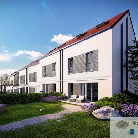 Rent this 5 bed house on Jana Zamoyskiego 72 in 30-523 Krakow, Poland