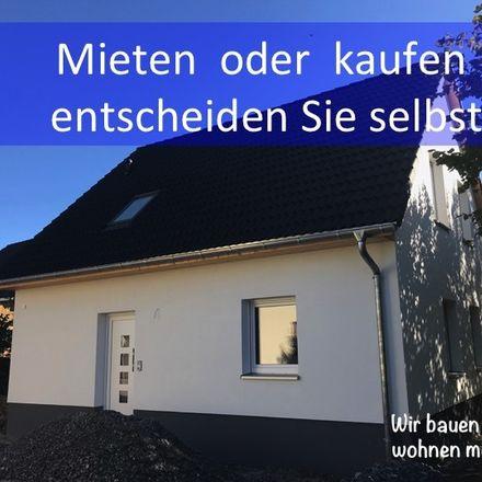 Rent this 4 bed house on Landratsamt Erzgebirgskreis in Wettinerstraße 61, 08280 Aue-Bad Schlema