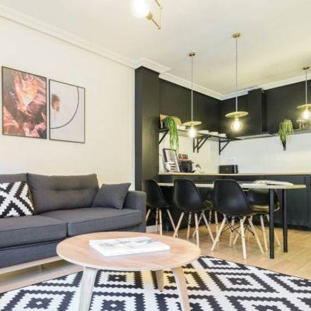 Rent this 3 bed apartment on Ronda de Toledo in 28001 Madrid, Spain