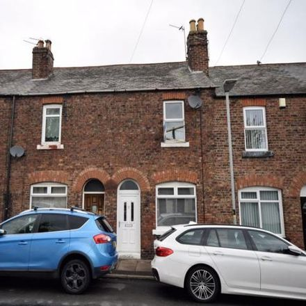 Rent this 2 bed house on Millholme Avenue in Blackwell CA2 4DN, United Kingdom