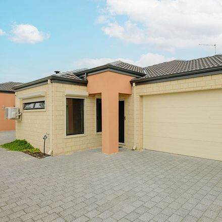 Rent this 3 bed townhouse on 14B Burdham Way