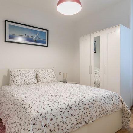 Rent this 2 bed apartment on El Capirote de Granada in Calle de Alonso Cano, 38