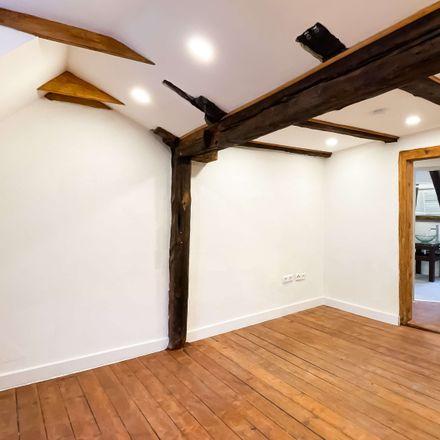 Rent this 4 bed duplex on St. Lawrence Church in Lorenzer Platz 1, 90402 Nuremberg
