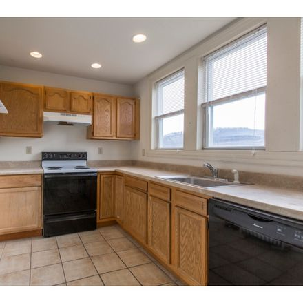 Rent this 3 bed townhouse on 309 East Hector Street in Conshohocken, PA 19428