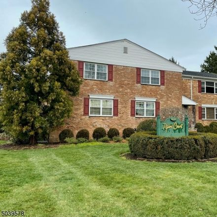 Rent this 4 bed condo on Summit Ave in Summit, NJ