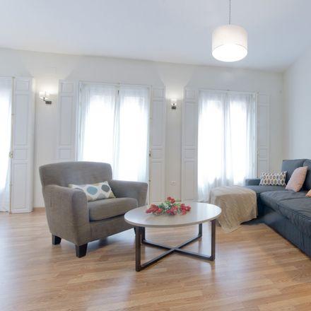 Rent this 1 bed apartment on C. de la Virtudes in 21, 28010 Madrid