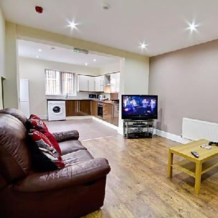Rent this 6 bed house on Elmsley Street in Preston PR1 7XE, United Kingdom