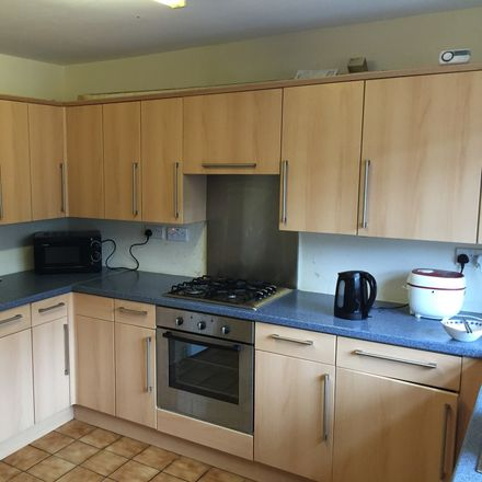 Rent this 4 bed room on Steerforth Close in Portsmouth PO2 7HE, United Kingdom