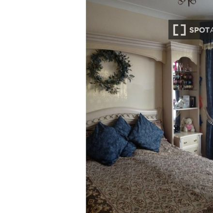 Rent this 3 bed apartment on 94 Dunedin Road in London E10 5RZ, United Kingdom