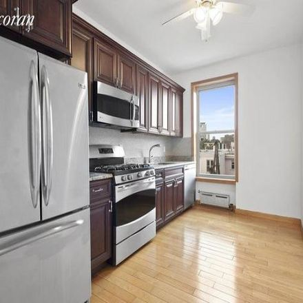 Rent this 3 bed apartment on 709 Manhattan Avenue in New York, NY 11222