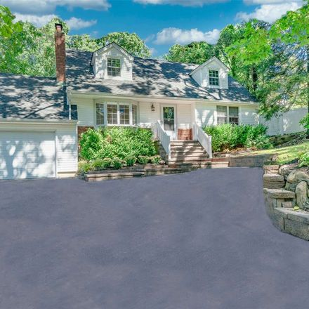 Rent this 4 bed house on Kingsley Rd in Huntington, NY