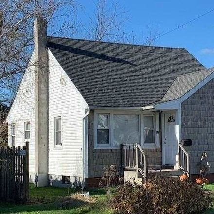 Rent this 4 bed house on Dawes Ave in Amityville, NY