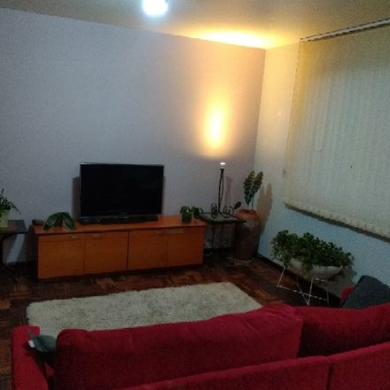 Rent this 1 bed room on Rua José de Alencar 120 in Cristo Rei, Curitiba - PR