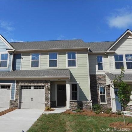 Rent this 3 bed townhouse on Stallings Rd in Matthews, NC