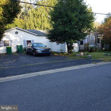 Rent this 2 bed house on Hillside Ave in Wilmington, DE