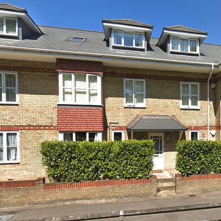 Rent this 2 bed apartment on London Road in Chavey Down SL5 8DH, United Kingdom