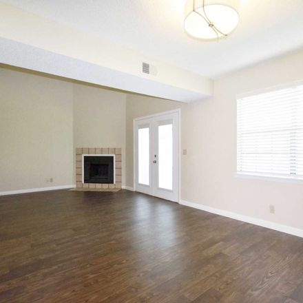 Rent this 3 bed apartment on 1338 Tiffany Lane in Hendersonville, TN 37075