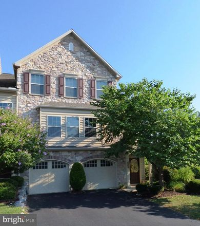 Rent this 3 bed townhouse on Golden Ct in Hershey, PA